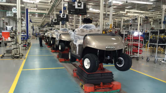 E-Z-GO golf cart on assembly line at Textron plant aided by ATS